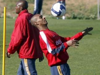 Jiménez convoca a Konko para jugar ante el Atlético de Madrid