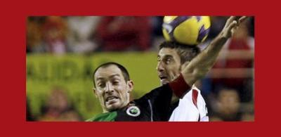 Sevilla FC 1 Real Racing Club de Santander 2
