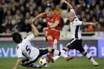 El Sevilla castiga al Valencia